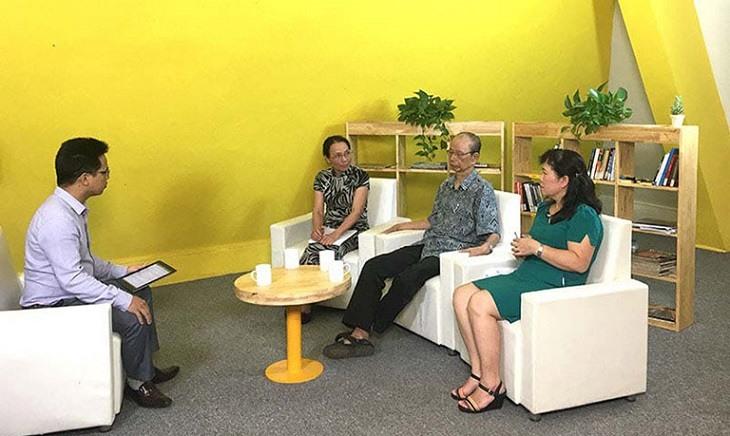 PGS.TS Nguyễn Nhược Kim và Bs. Lê Phương tham gia tọa đàm