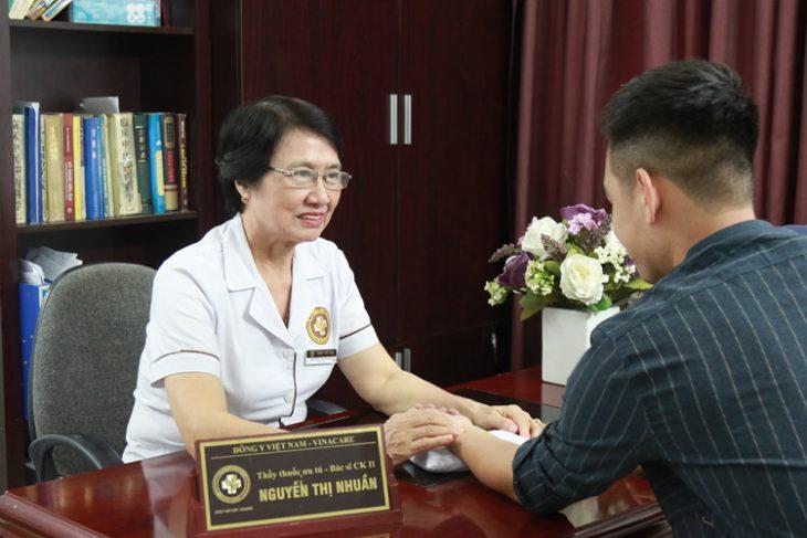 Khách hàng luôn cảm thấy hài lòng khi tới khám chữa bệnh tại Trung tâm Da liễu Đông y Việt Nam