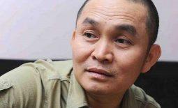 Nghệ sĩ Xuân Hinh khám chữa thoái hóa đốt sống cổ tại Đỗ Minh Đường