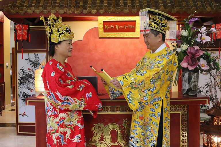Tại Nhất Nam Y Viện, quý thượng khách được chăm sóc, phục vụ như các bậc Đế Vương theo tiêu chuẩn Hoàng Cung.
