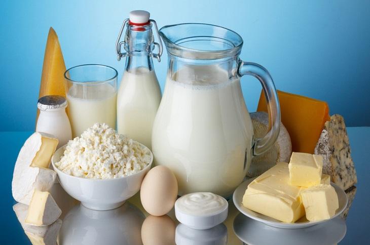 Người mắc vảy nến nên hạn chế ăn các món từ sữa
