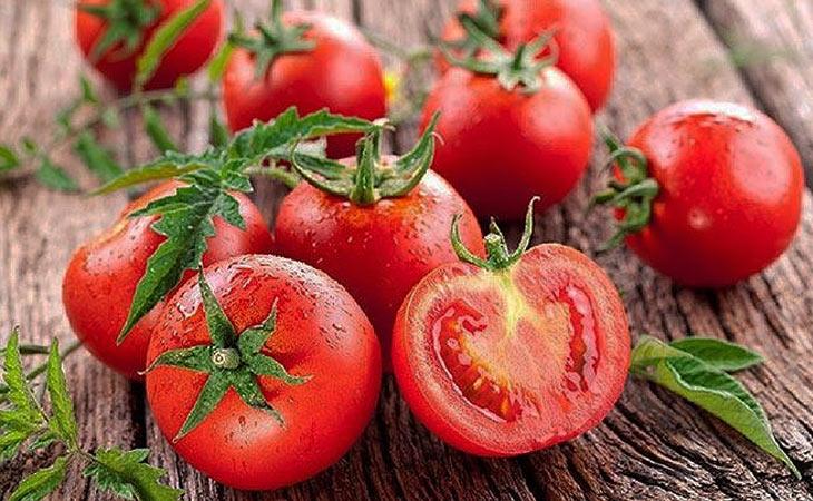 Cà chua là loại thực phẩm chứa nhiều chất chống oxy hóa, tốt cho da