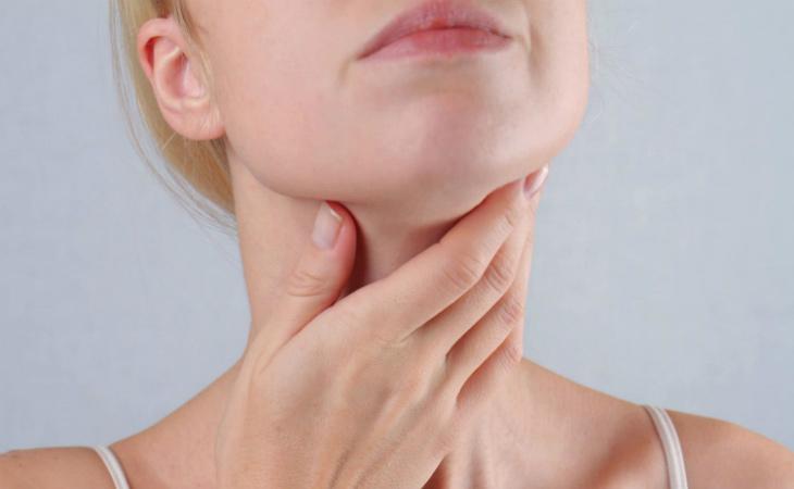 Bệnh viêm amidan ở người lớn dễ biến chứng nếu chủ quan