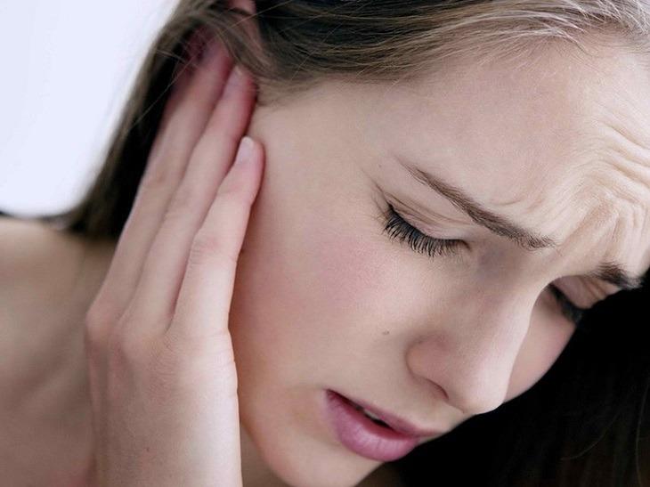 Viêm tai giữa là căn bệnh có thể xảy ra ở cả trẻ nhỏ lẫn người lớn
