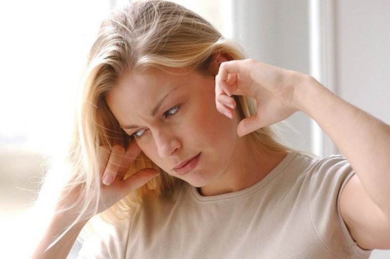 Viêm tai nên kiêng gì