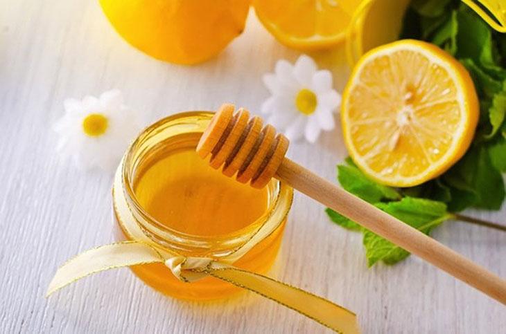 Cách chữa viêm amidan bằng dân gian sử dụng chanh mật ong