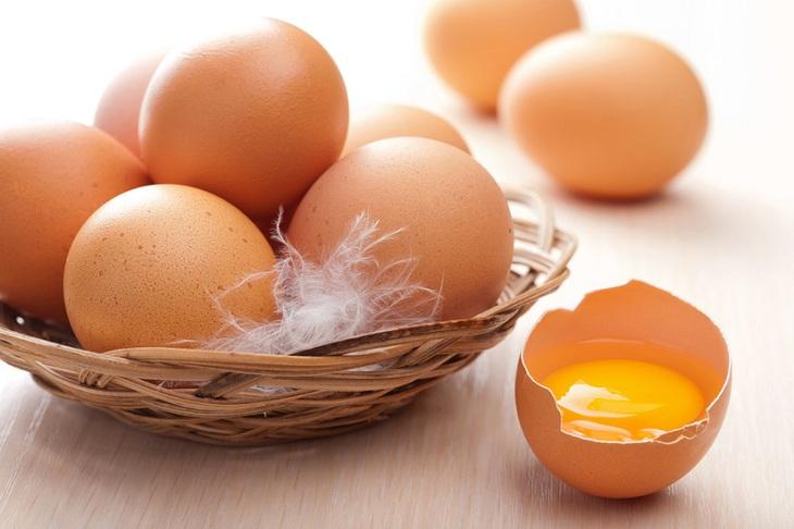 Công dụng của trứng gà trong điều trị yếu sinh lý