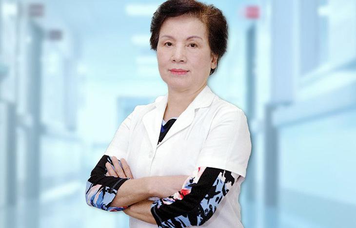 Bác sĩ Nguyễn Thị Ngọc Dinh là một trong nhưng chuyên gia tai mũi họng hàng đầu cả nước