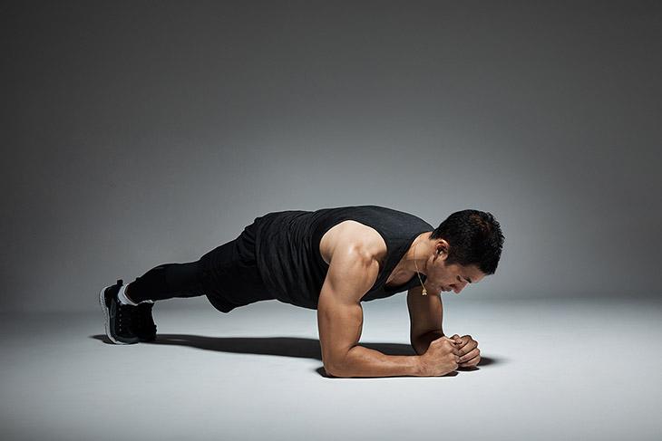Bài tập chữa yếu sinh lý giúp cơ hông và cơ bụng săn chắc