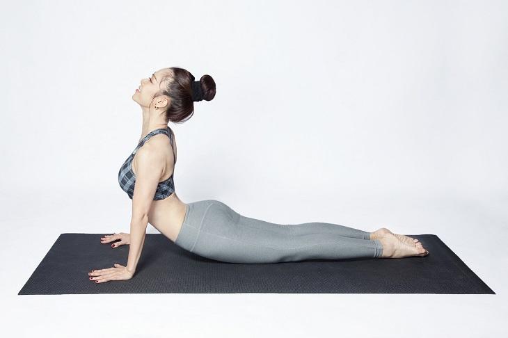 Tư thế Yoga chữa thoái hóa đốt sống cổ