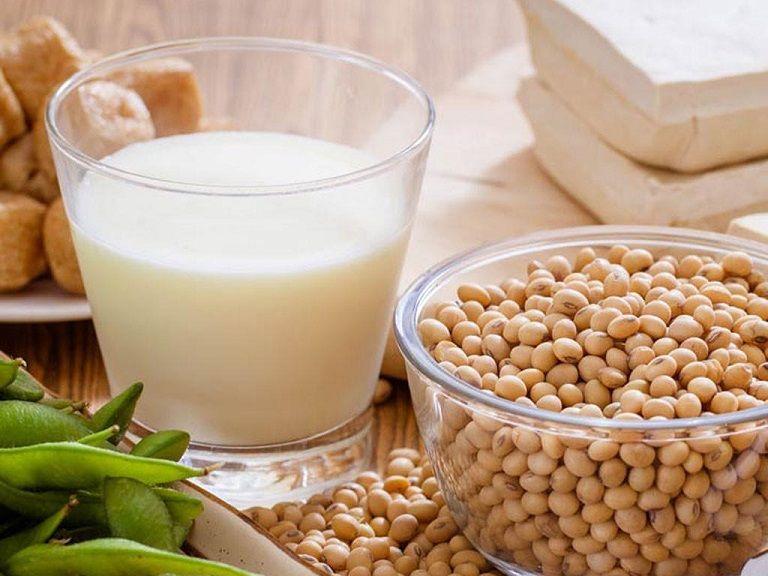 Người bệnh viêm đại tràng cũng có thể uống sữa đậu nành