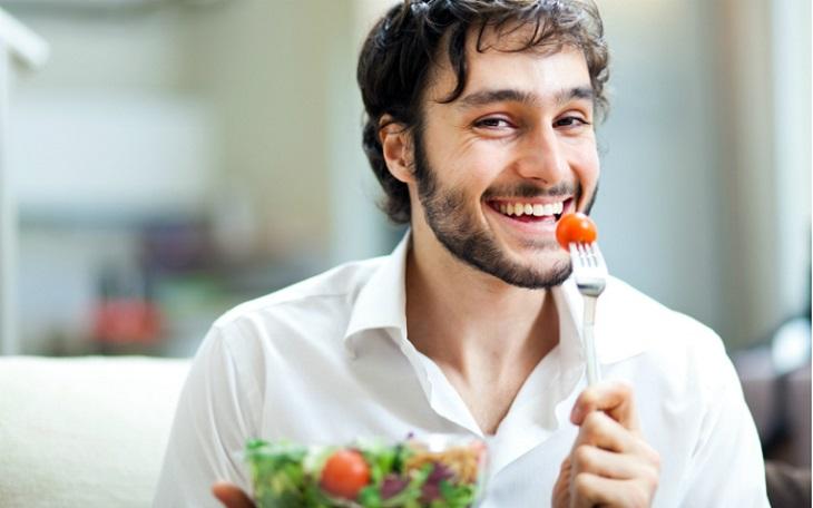 Chế độ dinh dưỡng khoa học sẽ giúp cơ thể nam giới khỏe mạnh, cường tráng và tăng cường sản sinh hormone sinh dục nam