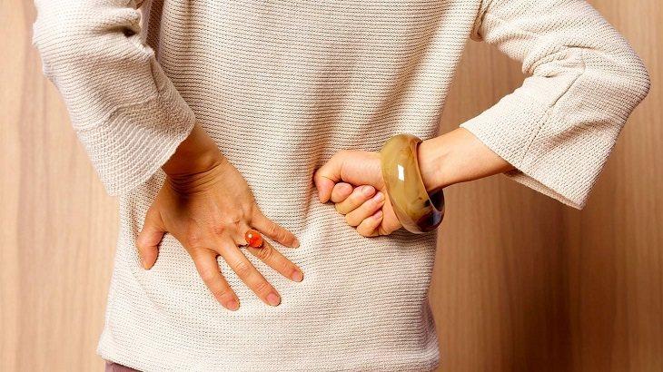 Thoái hóa cột sống là căn bệnh phổ biến ở người già