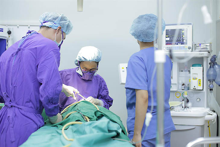 Phẫu thuật cắt amidan trong trường hợp cần thiết