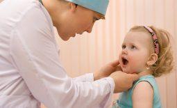 Cẩn trọng khi chỉ định cắt amidan cho trẻ dưới 3 tuổi