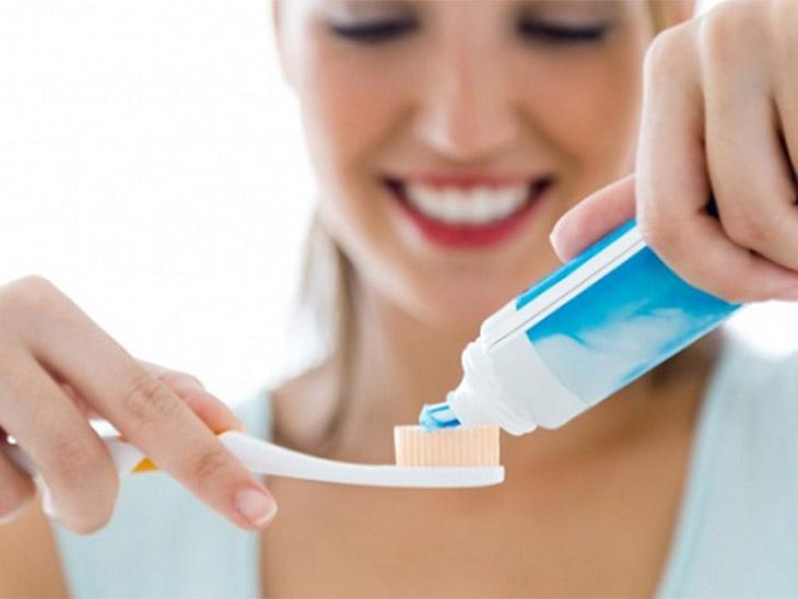 Vệ sinh răng miệng hàng ngày sạch sẽ