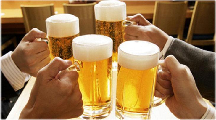 Không nên sử dụng rượu bia đồ uống có cồn ảnh hưởng đến sức khỏe