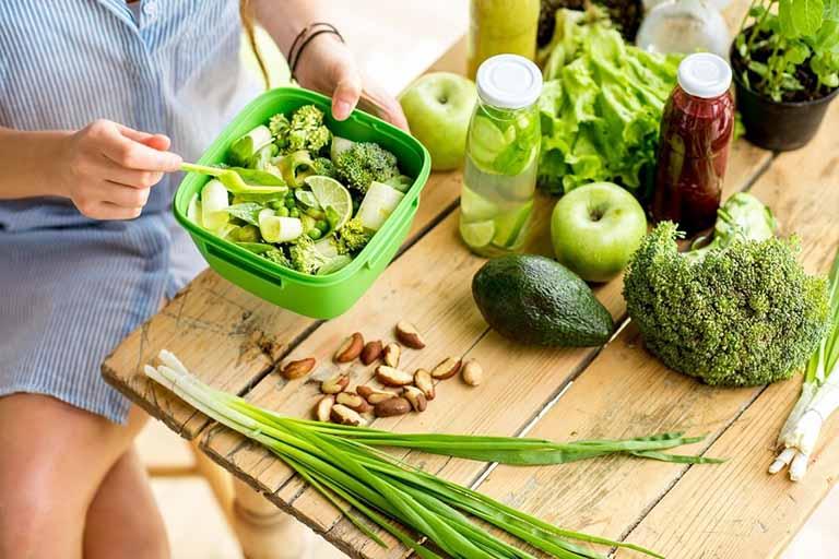 Tuân thủ chế độ ăn uống hợp lý để hỗ trợ điều trị bệnh