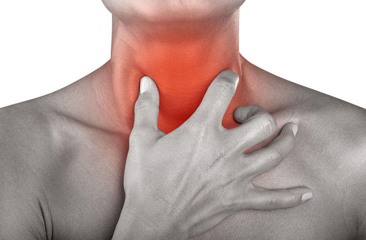 Cảnh giác với biểu hiện sưng amidan, có thể là nguyên nhân của nhiều tình trạng bệnh hô hấp