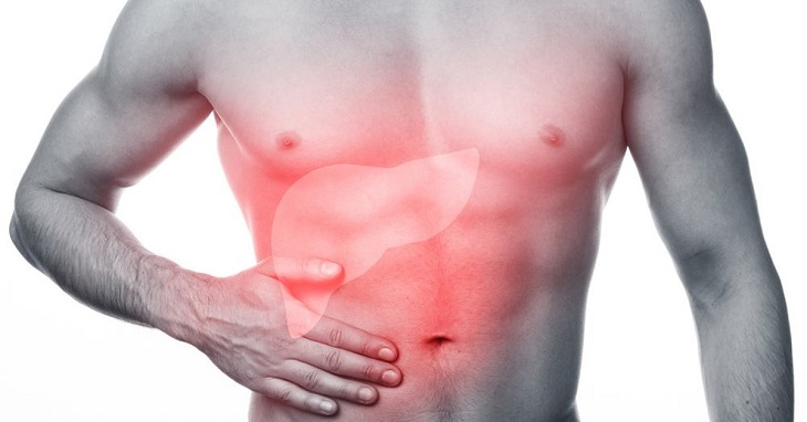 Chức năng gan suy giảm có thể khiến da mẩn ngứa và ửng đỏ