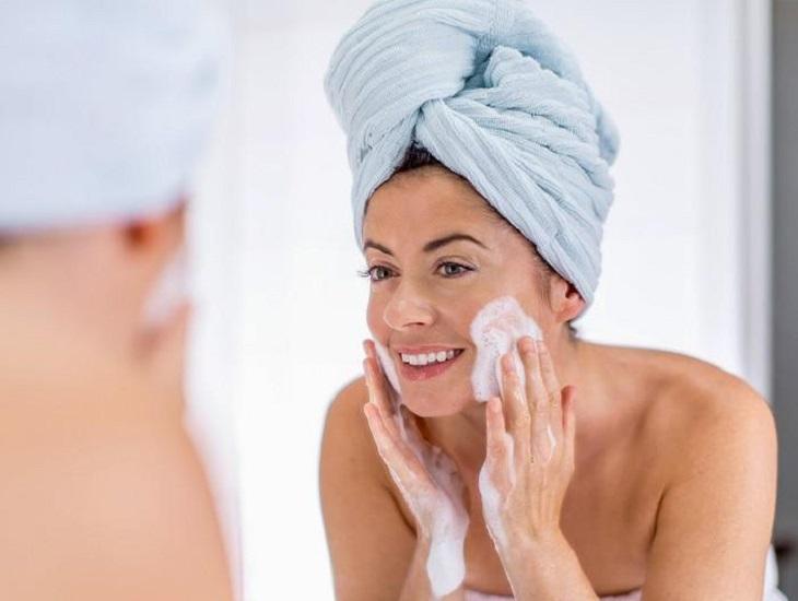 Chăm sóc đúng cách sẽ giúp da mặt bị ngứa nhanh chóng được cải thiện