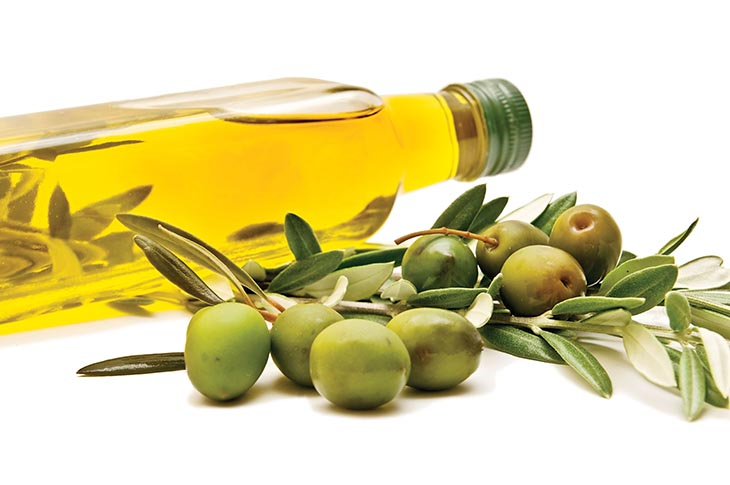 Chứa nhiều omega 3, vitamin nên dầu oliu phù hợp để thay thế chất nhờn âm đạo khi quan hệ