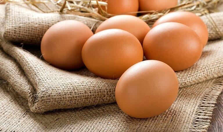 Trứng gà là thực phẩm cần thiết trong hỗ trợ điều trị bệnh viêm đại tràng co thắt