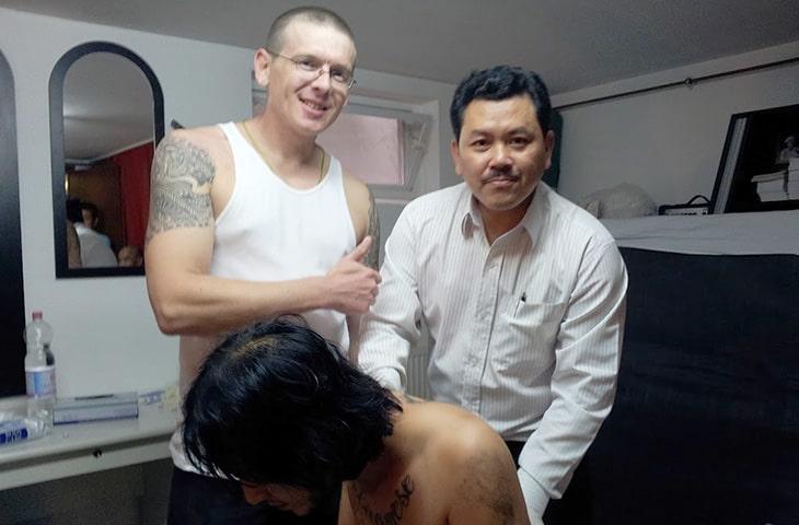 Lương y Yên khám, chữa bệnh tại nước ngoài
