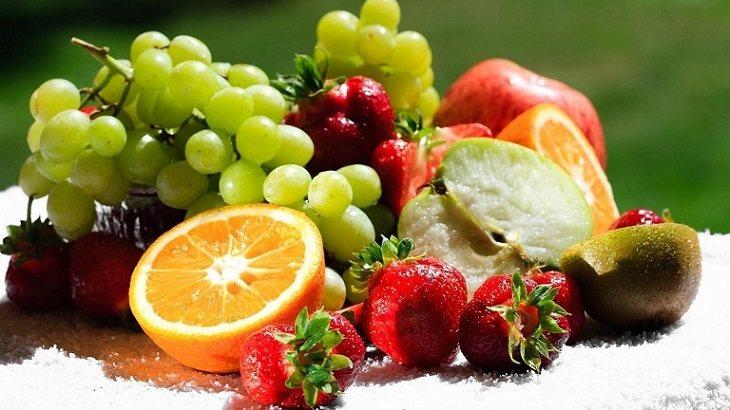 Người bệnh nên kết hợp với chế độ dinh dưỡng hợp lý