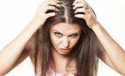 Ngứa da đầu rụng tóc