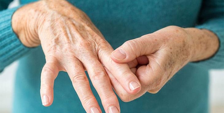 Tuổi tác là nguyên nhân hàng đầu gây nên đau nhức xương khớp