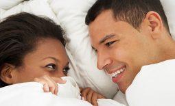 """Quan hệ tình dục an toàn và 1001 bí mật xoay quanh """"chuyện ấy"""""""