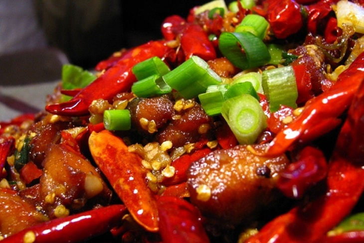 Rối loạn cương dương kiêng ăn gì? Thức ăn cay nóng