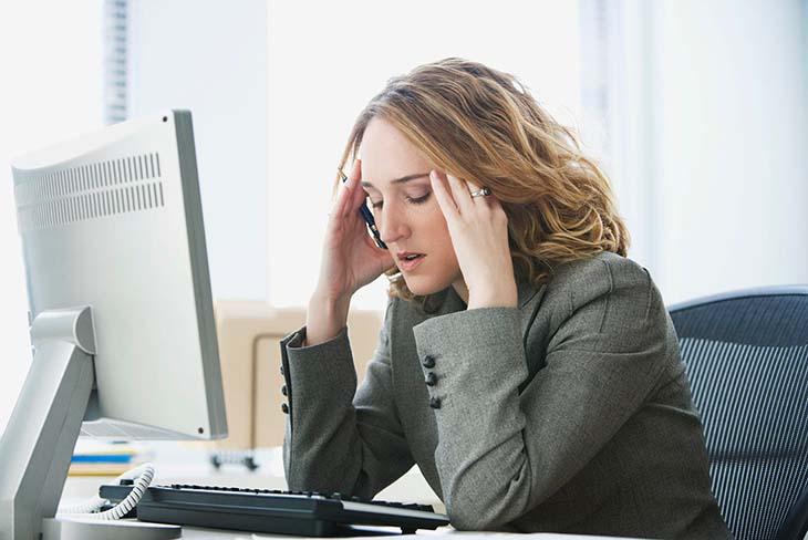 """Estrogen điều tiết ham muốn quan hệ khiến cô bé của nàng luôn """"khô hạn"""""""