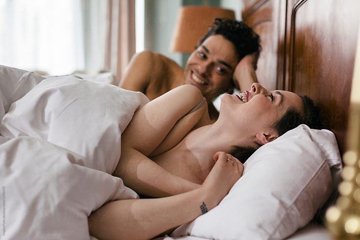 Quan hệ tình dục cần có sự tự nguyên, thoải mái tâm trạng