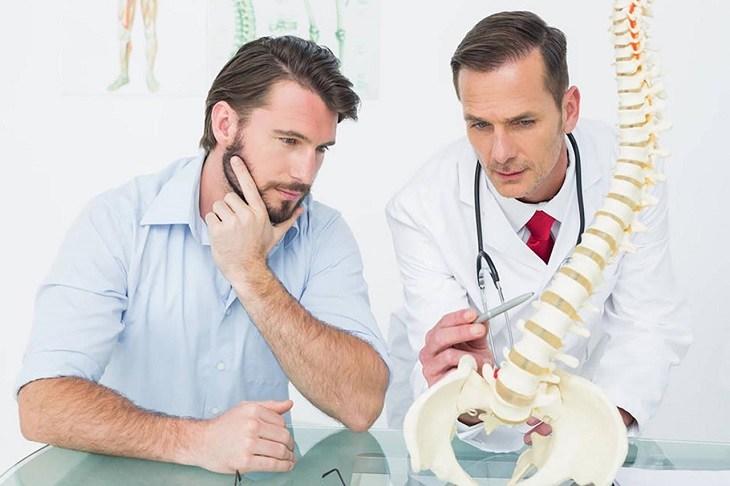 Người bệnh nên chủ động tới bác sĩ thăm khám để được kê đơn chính xác nhất