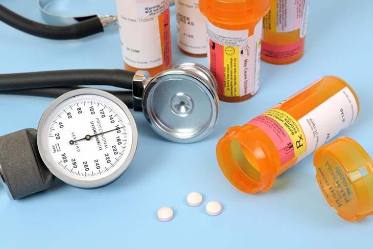 Thuốc uống làm yếu sinh lý đàn ông - Thận trọng khi sử dụng các loại thuốc chữa tim mạch