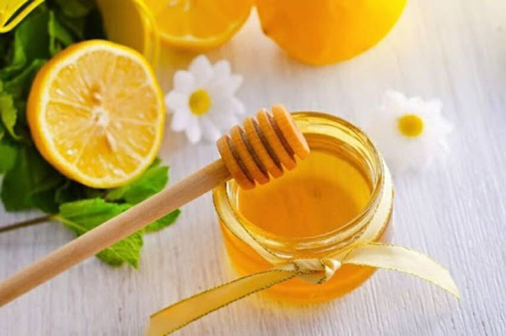 Nước mật ong - chanh giúp giảm ho hiệu quả