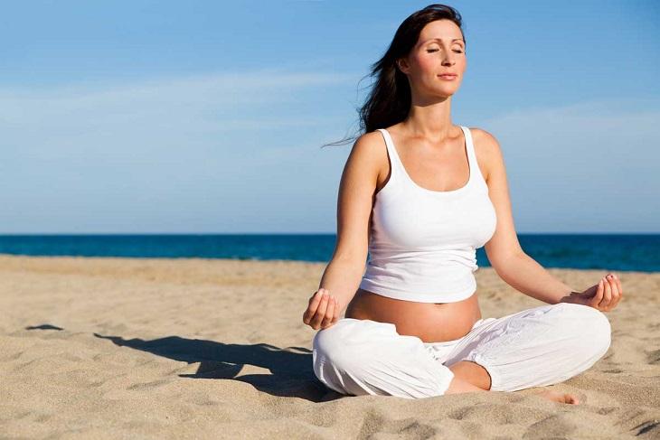 Tập luyện Yoga có thể cải thiện bệnh viêm đại tràng co thắt ở bà bầu