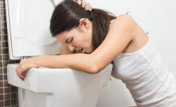 Viêm họng buồn nôn - biểu hiện của nhiều loại bệnh lý khác nhau