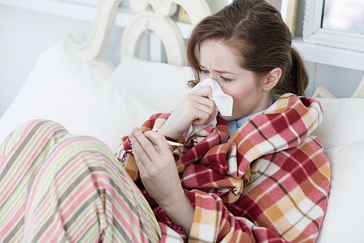 Viêm họng ho có đờm gây khó chịu dữ dội ở người bệnh