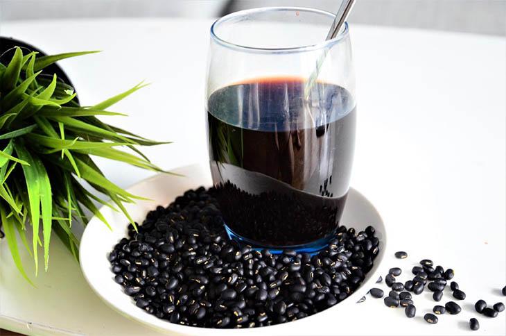 Mẹo điều trị tại nhà với đỗ đen cải thiện triệu chứng hiệu quả