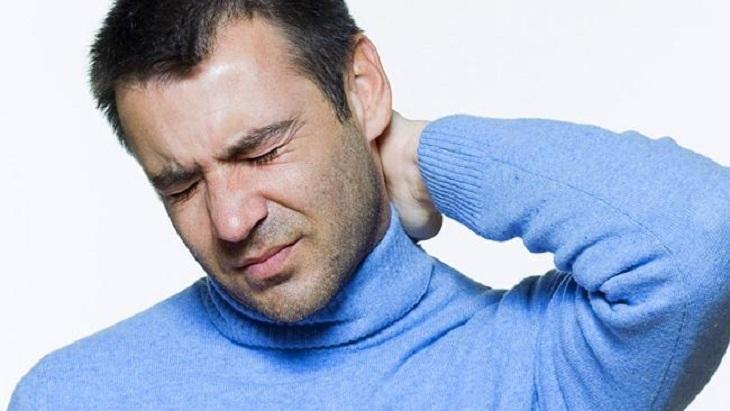 Viêm xoang đau sau gáy là tình trạng nặng của viêm xoang, có nguy cơ phát sinh các biến chứng nguy hiểm