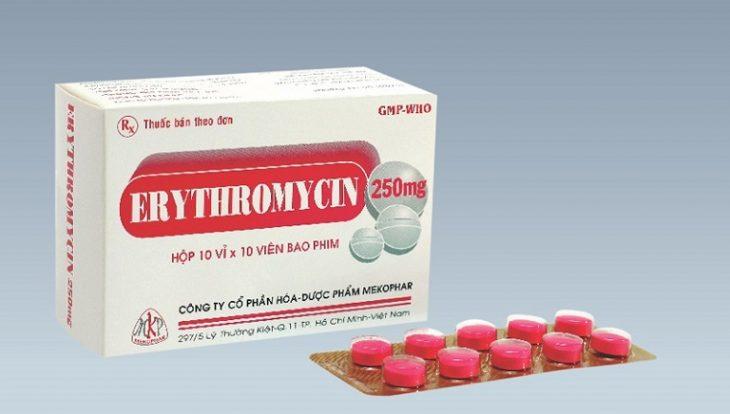 Erythromycin có phổ kháng khuẩn rộng, trị được hầu hết các tình trạng viêm họng do vi khuẩn, virus gây ra