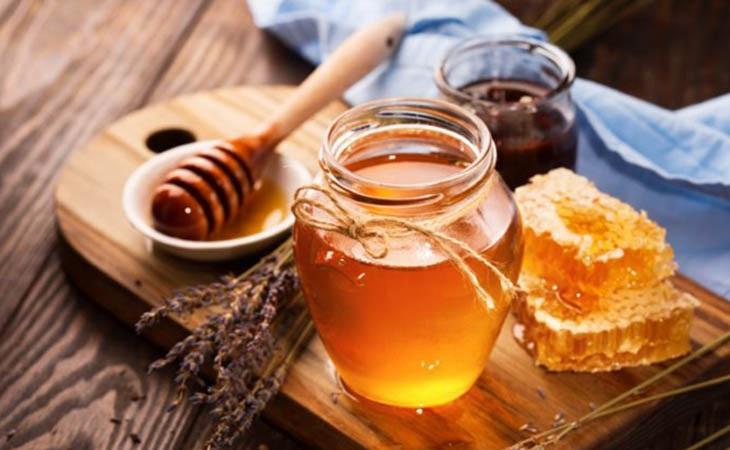 Mật ong có tác dụng điều trị bệnh viêm tai giữa hiệu quả