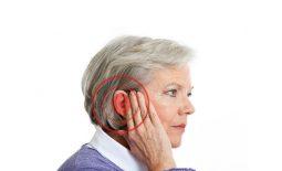 Đau nhức vùng tai là triệu chứng phổ biến của bệnh viêm tai giữa mãn tính