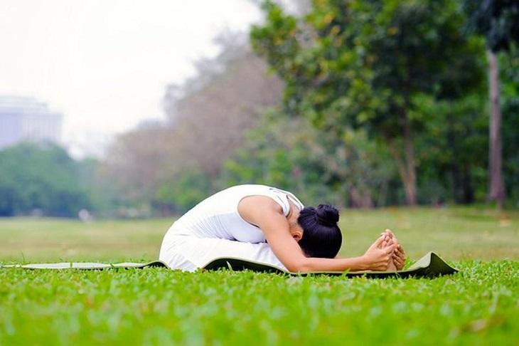 Bài tập yoga số 7 - Tư thế gập bụng