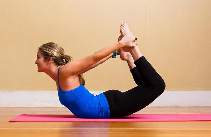Bài tập yoga chữa trào ngược dạ dày số 8 - Tư thế vòng cung