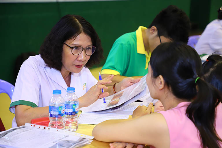 Thăm khám cùng Bác sĩ Tuyết Lan (cơ sở phía Bắc)