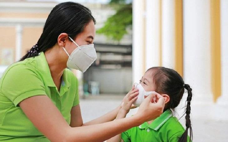 Đeo khẩu trang là cách bảo vệ đường hô hấp tốt nhất